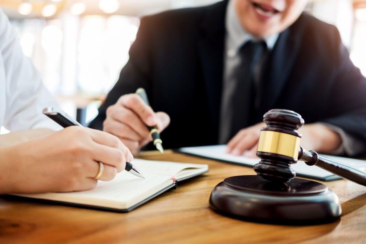 Eurolaurea - perparazione esame avvocato